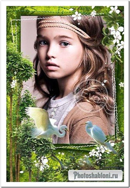 Весенняя рамка для фото - Зеленый лес, красивые белые птицы, сказочная весна