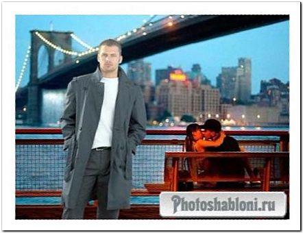 Мужской шаблон для фотомонтажа - Одинокий вечер, молодой мужчина в пальто на набережной